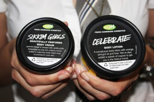 Lush Christmas @ Celebrate (20.95€) e Sikkim Girls (34.95€)