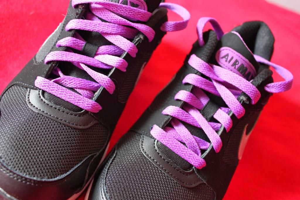 Air Max Woman Black & Purple