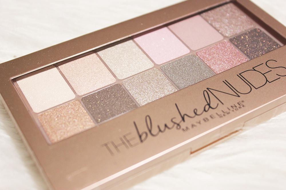 L'Oreal Paris -The Blushed Nudes Palette