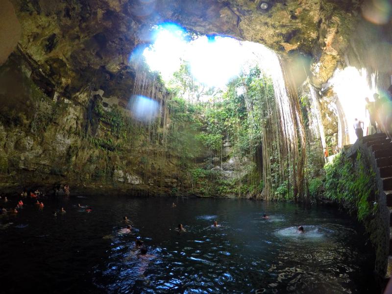 México Cenote Ik Kil