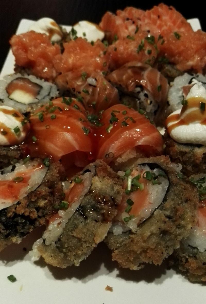 SUNTORY sushi