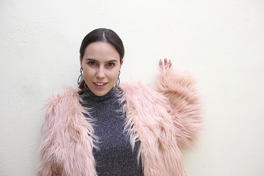 Pink Faux Fur Romwe