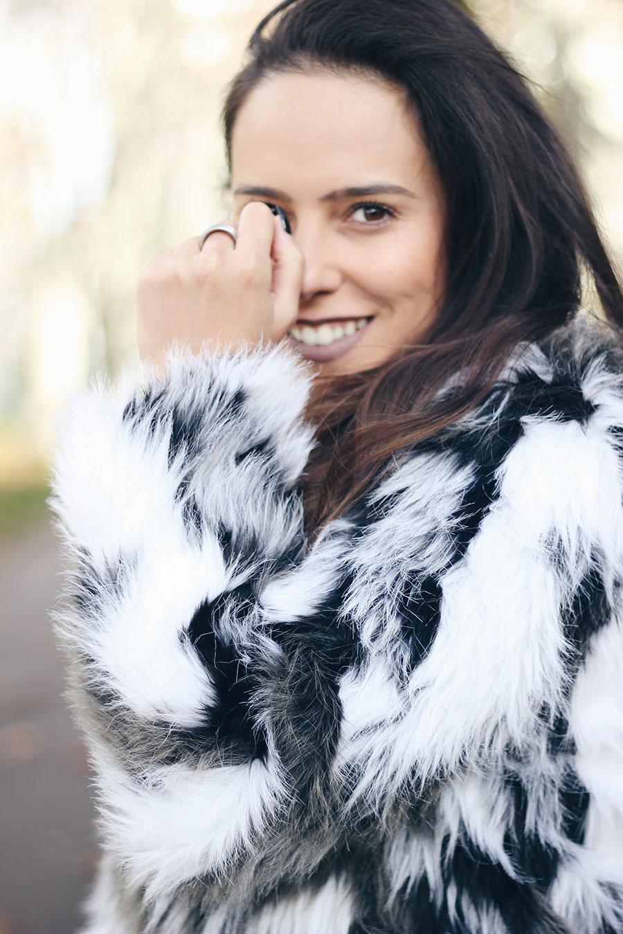 Os casacos de pêlo (falso) ainda se usam