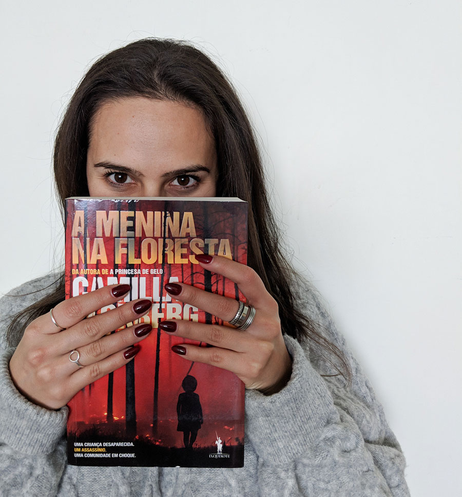 Livro A Menina Na Floresta