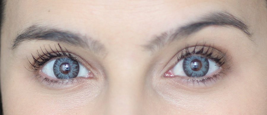 Lentes de contacto coloridas cinzentas