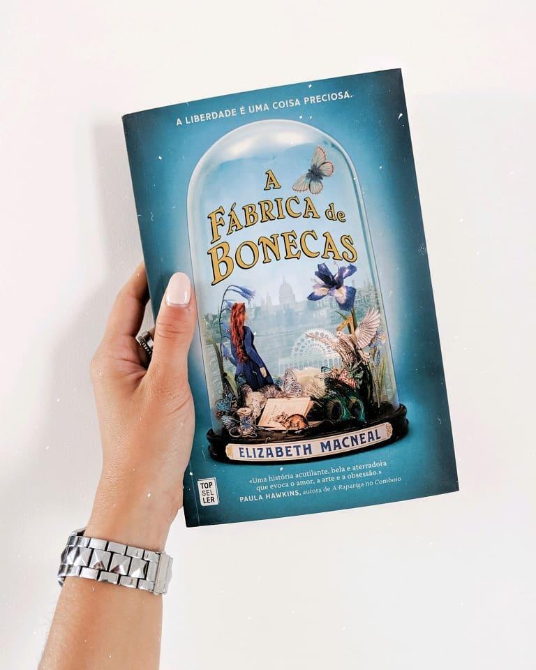 Livro Fabrica de Bonecas