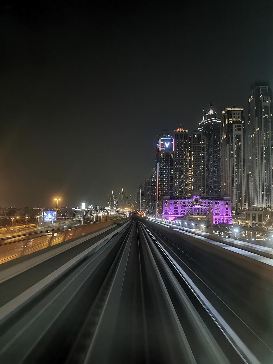 Fazer a Estrada Sheik Zayed de metro