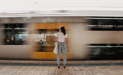 Como aproveitar o tempo nos transportes públicos